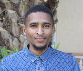 NEW WORK: Youth motivator and author Clayton Cear will launch his book in Komani next Saturday. He gave up his career to start a NPO Picture: ABONGILE SOLUNDWANA