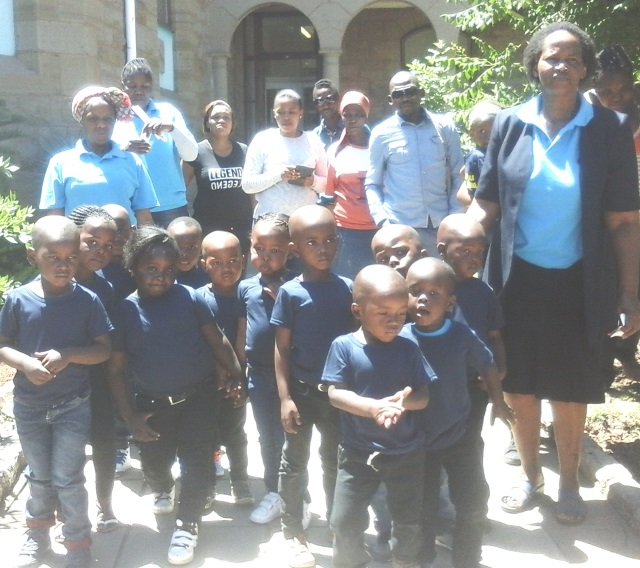 ALL ABOUT EDUCATION: Ikhwezi Lokusa Day Care Centre pre-schoolers from Lesseyton recently visited the museum in Komani. They also stopped in at Roydon Lodge and Lukhanji FM during the day   Picture: SUPPLIED
